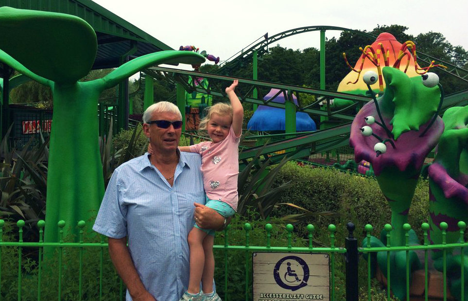 Peppa Pig World and Paultons Park is a great theme park suitable for the whole family. Plan your visit with this helpful guide.