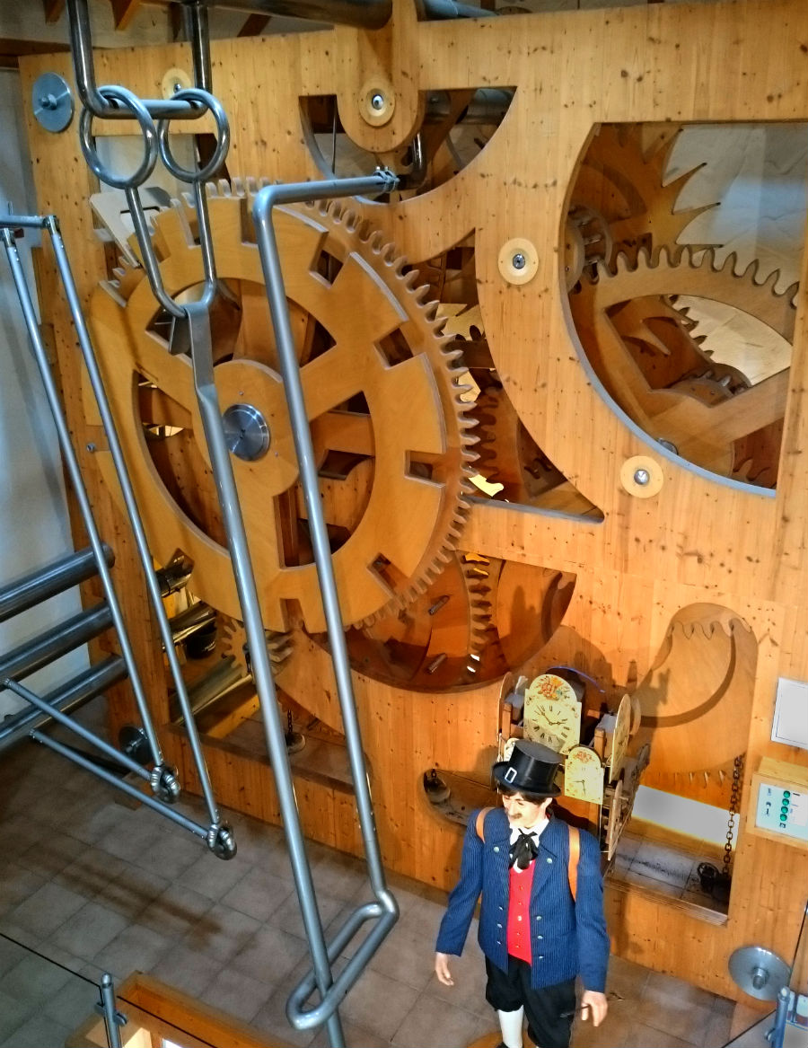 Black forest with kids. Visiting the Worlds largest Cuckoo clock. Things to do. Family Holiday.