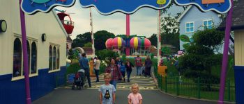 What Age to Visit Peppa Pig World? Peppa Pig World and Paultons Park is a great theme park suitable for the whole family. Plan your visit with this helpful guide.