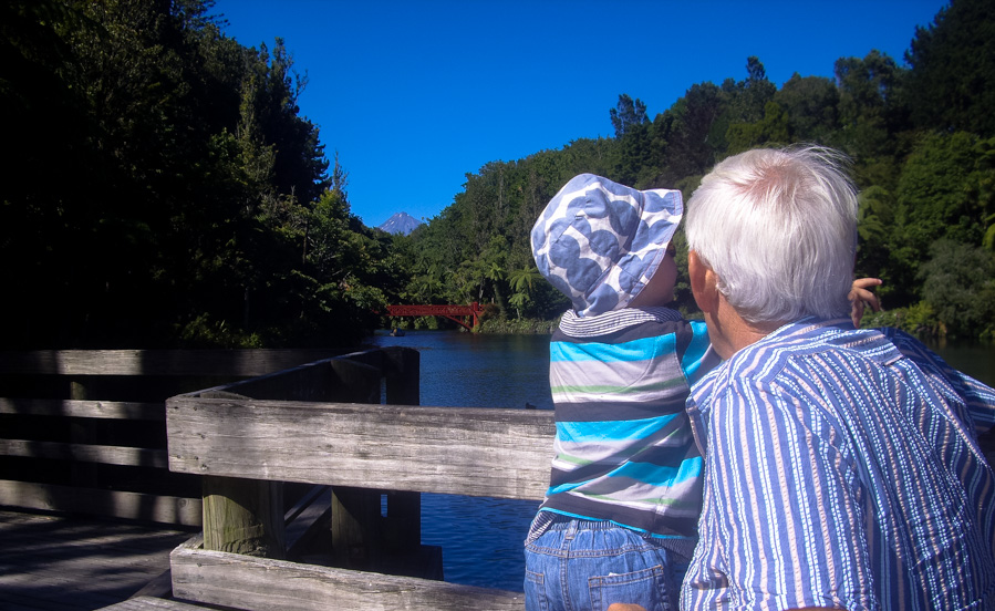 Lake at Pukukura park is a wonderful place to visit with kids in New Plymouth