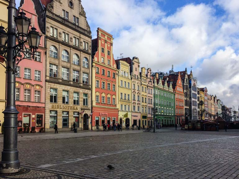 Wroclaw is a beautiful city in the West of Poland, perfect for a family holiday with kids.