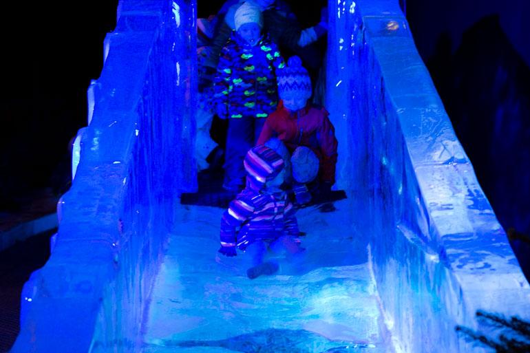 Dresden Ice Sculpture Exhibition Eiswelt Dresden