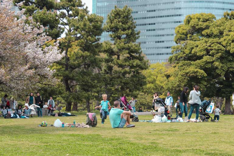 Hama-rikyu Gardens a perfect spot to relax with children and toddlers when visiting Tokyo.
