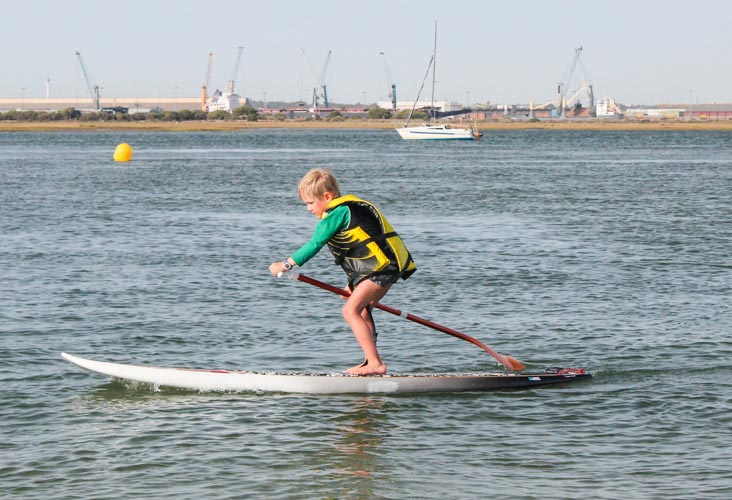 Paddle boarding and watersports are a fun activity in Huelva