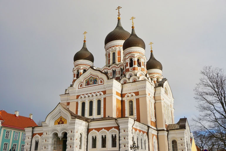 What to do in Tallinn Estonia on a Baltic Cruise. Visit the old town and Russian Orthodox Cathedral.