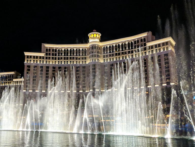 Kids will love the Bellagio Fountain at night.