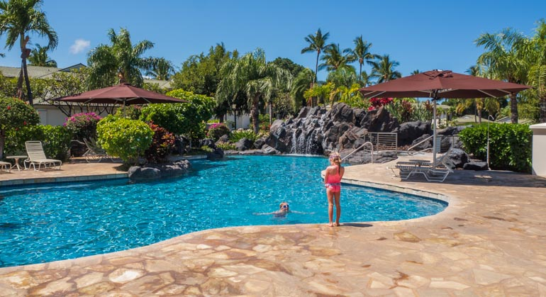 Airbnb in Hawaii with a pool, great for kids.